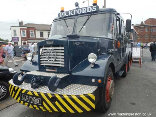 Atkinsons Vehicles, Pickfords Heavy Lifter, was Made in Preston