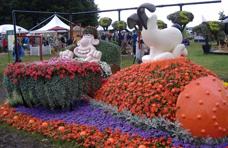 Wallace and Gromit display at Tatton Park RHS show 2007